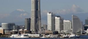 横浜港(© AP Images)