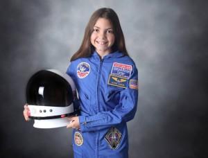 火星への一番乗りを目指すアリサ・カーソン(Facebook)