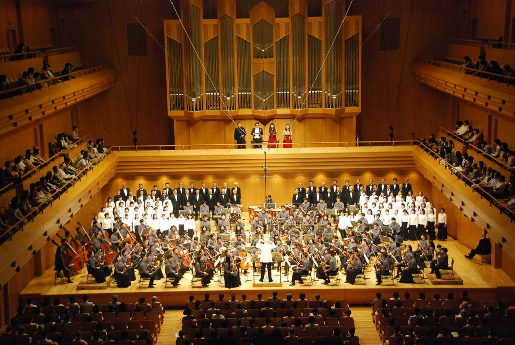 Pontzious-at-Concert-in-Tokyo-1280