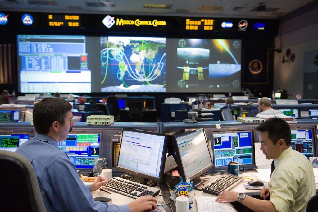 Capcomを務める星出彰彦宇宙飛行士 / ジョンソン宇宙センター(JSC)の写真