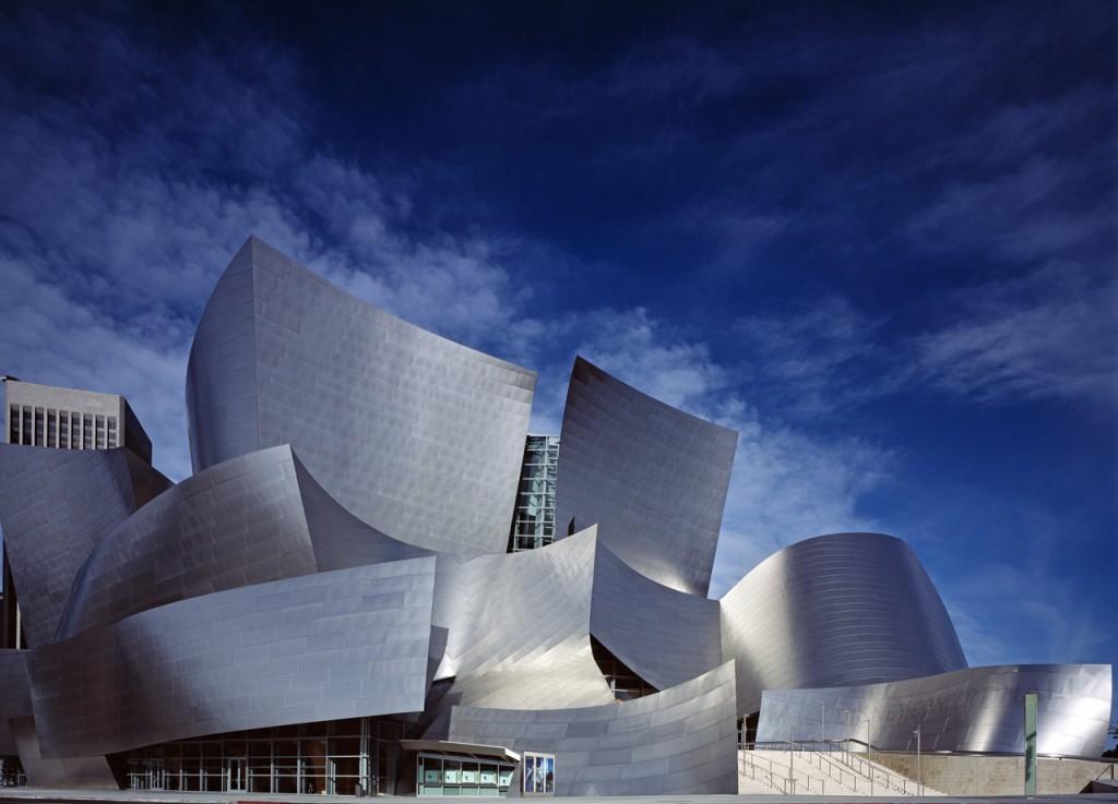 ウォルトディズニー・コンサートホール(写真提供:カリフォルニア観光局)