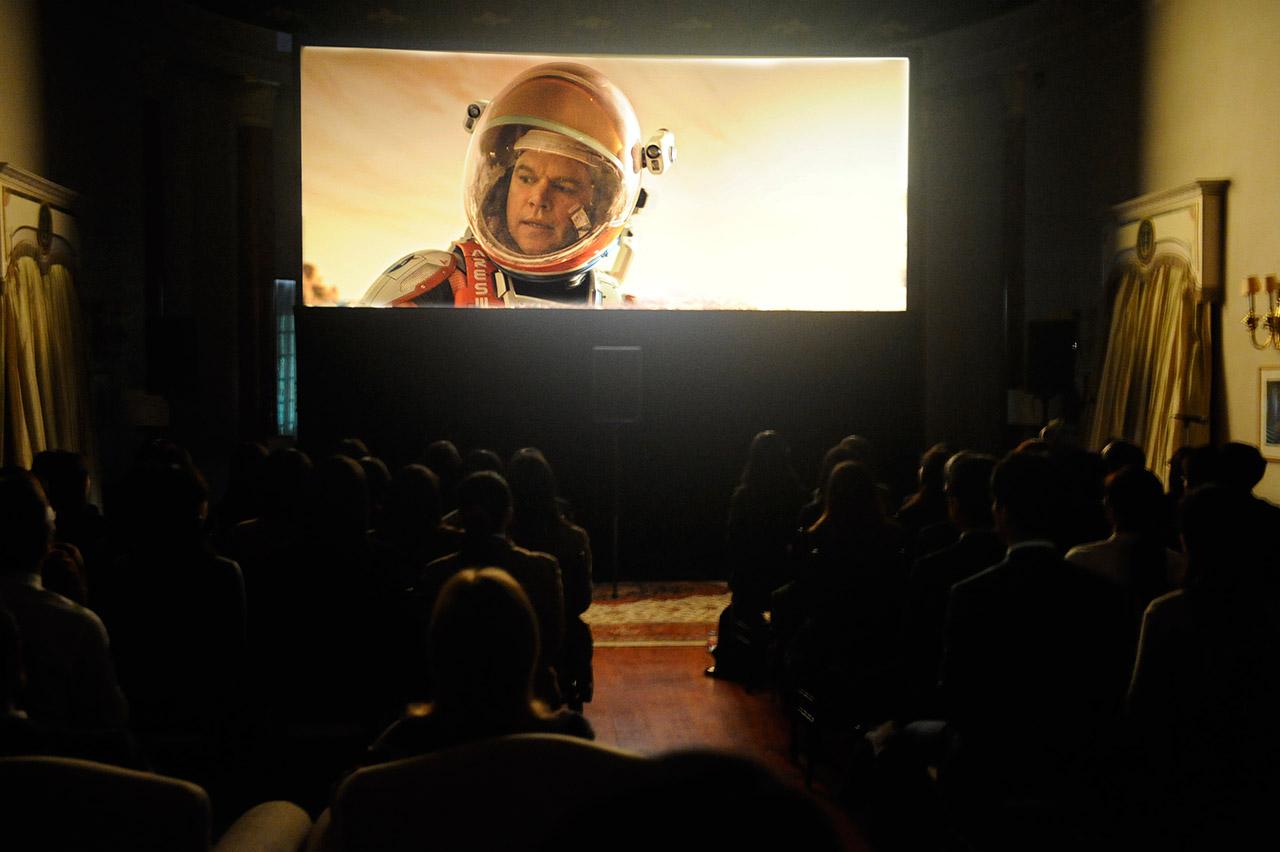 2016年2月2日米国大使公邸にて開催された映画「オデッセイ」の試写会の様子