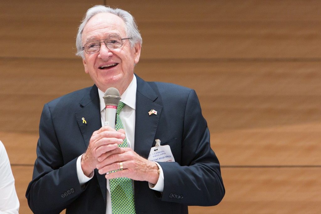 Senator Tom Harkin speaks on disability rights with the leaders of the Japanese disability rights community at the Diet Members Building in Tokyo, Japan, on September 27, 2016.