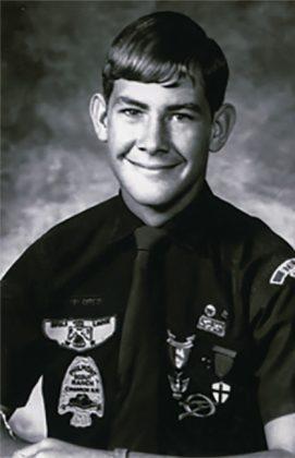 13歳でボーイスカウト最高位のイーグルスカウトになった (Boy Scouts of America)