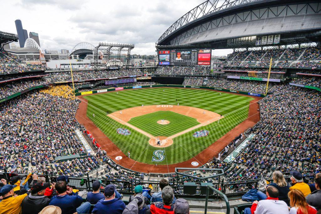 今年のメジャーリーグは最多外国人選手で開幕を迎え、数ある記録に新たな1ページが加わりました (© AP Images)