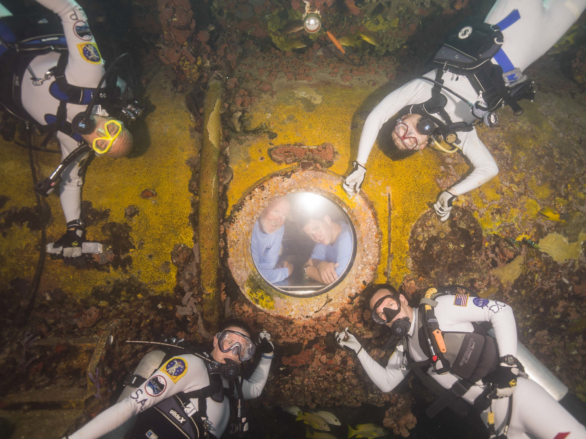 「NEEMO 20」のクルー (Photo courtesy of NASA)