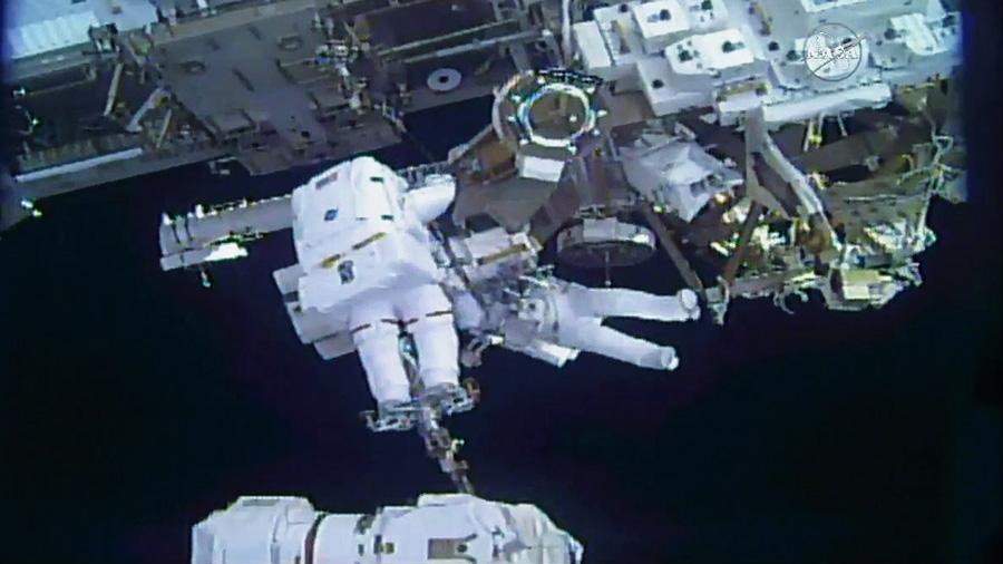 Scene from the spacewalk on February 16, 2018 (Photo courtesy of NASA)