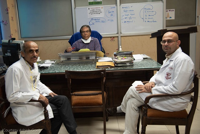 Dr. Ashish Goel, right, with colleagues at the Guru Teg Bahadur Hospital in Delhi (Courtesy of Ashish Goel)