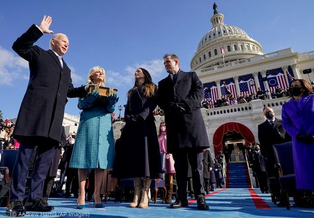 (© Andrew Harnik/AP Images)