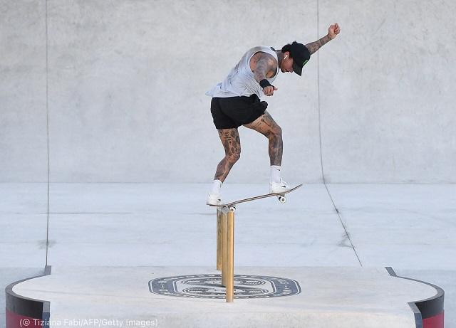 ローマで開催された2021年スケートボードストリート世界選手権に出場したナイジャ・ヒューストン。2021年6月3日 (© Tiziana Fabi/AFP/Getty Images)