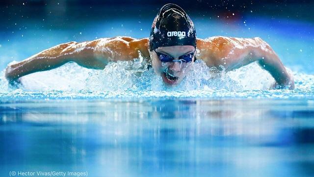 2017年、メキシコシティで開催された世界パラ水泳選手権大会でのロング (© Hector Vivas/Getty Images)